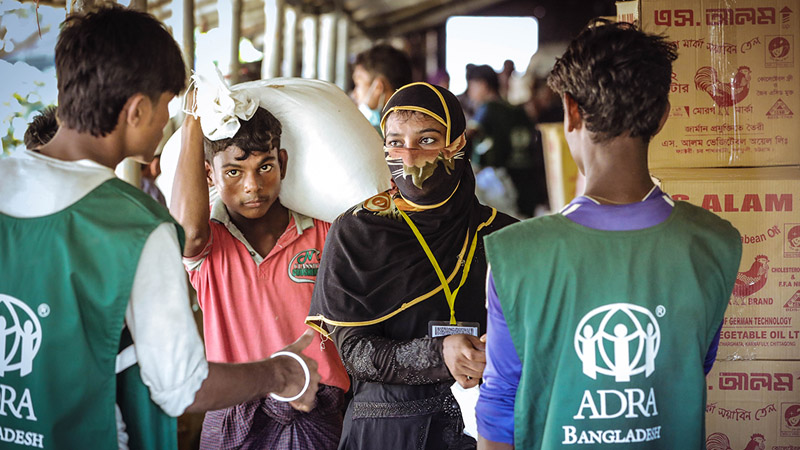 ADRA does food distribution to refugees in Bangladesh